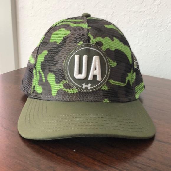 98cfd0654e3 Under Armour Green Camo SnapBack Hat. M 5a9aff2a3a112e07751a0691